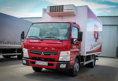 Seeking to enlarge its fleet, Tauris, Slovakia?s largest meat and sausage producer, has decided to purchase 14 Fuso Canter 7C18s with a 7.5-tonne permissible gross vehicle weight. The key factors behind the sale were the Canter?s high payload, manoeuvrability and favourable price/performance ratio.