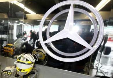 Mercedes-AMG-Petronas-F1-feat