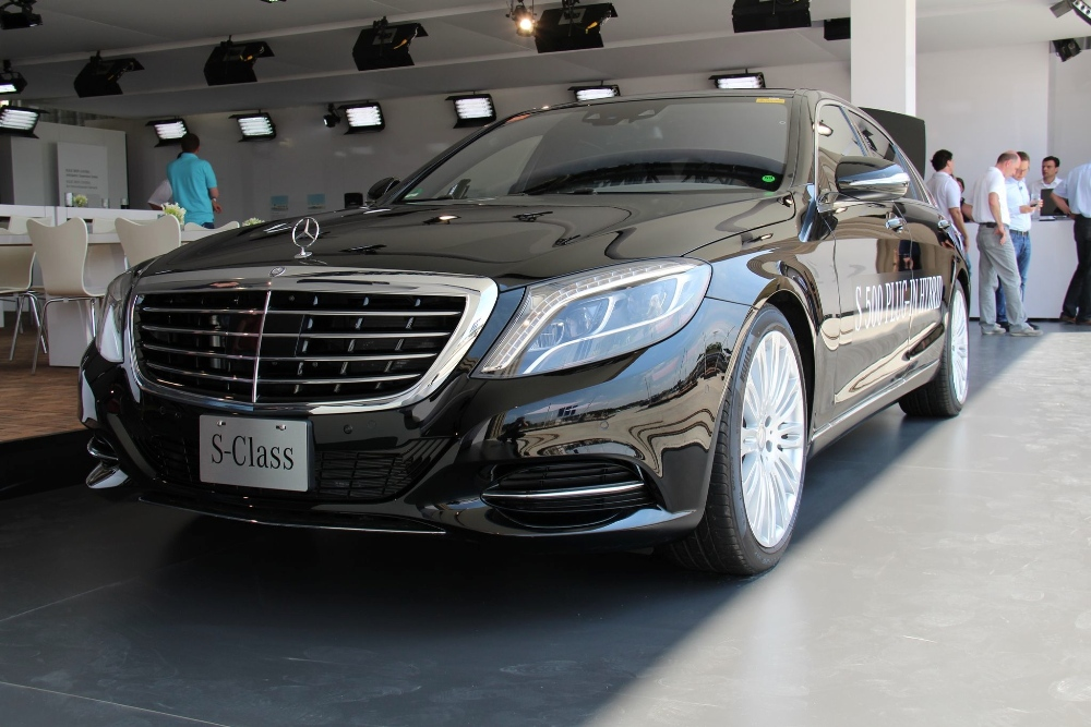 110 Mercedes Benz S500 Plug In Hybrid Unveiled