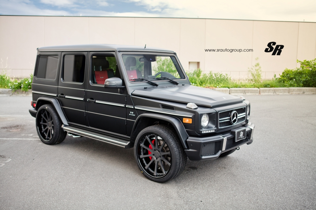 Sr auto group gives the mercedes benz g63 amg a set of for Mercedes benz jeep matte black
