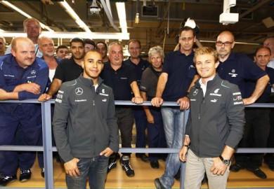 Lewis-Hamilton-Nico-Rosberg-Visit-Mercedes-Benz-Sindelfingen-9