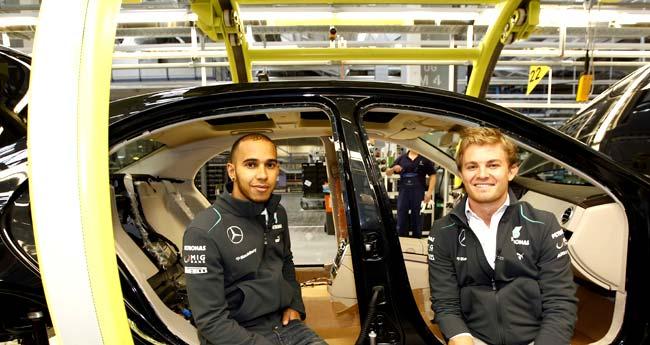 Lewis-Hamilton-Nico-Rosberg-Visit-Mercedes-Benz-Sindelfingen