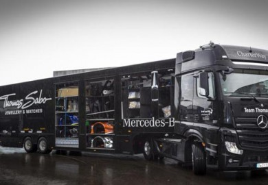 Mercedes-AMG-DTM-Team-relies-on-Mercedes-Benz-Actros-2