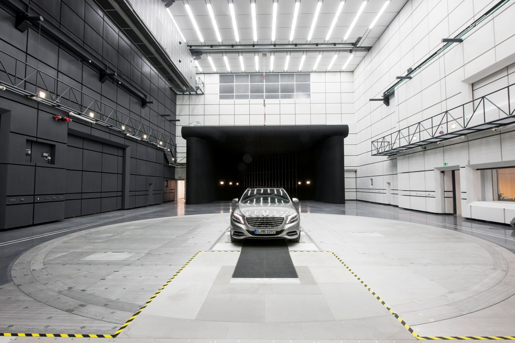Chrysler aeroacoustic wind tunnel