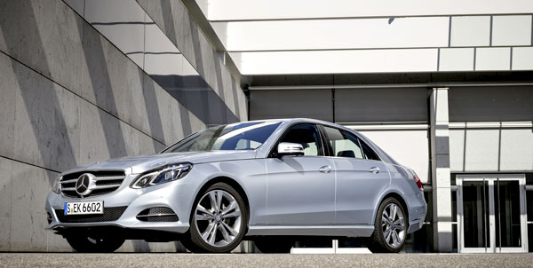 Mercedes Benz E 220 BlueTEC BlueEFFICIENCY Mercedes Benz Strong in August, Posts 18.7% Gain