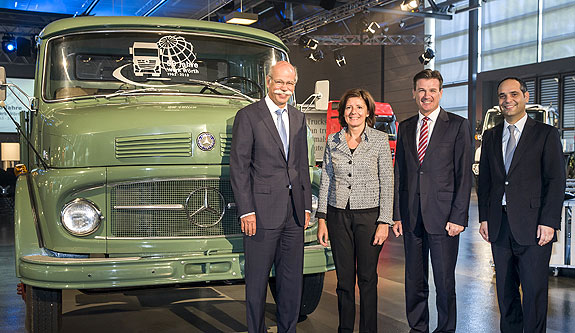 Mercedes Benz Worth plant 50 Years Mercedes Benz Trucks Wörth Plant Turns 50