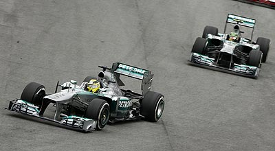 2013 Brazilian Grand Prix Rosberg 5th, Hamilton 9th as Mercedes Bags Second in the 2013 F1 Season