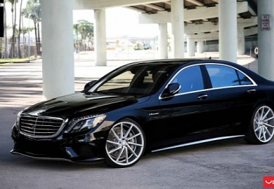 Twenty-Two Inch Wheels From Vossen Provided For The 2014 Mercedes S63 AMG