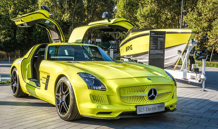 32 Cigarette Racing And Mercedes Benz AMG Collaboration Produce The Cigarette AMG Electric Drive