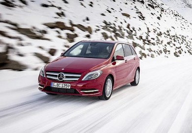 Mercedes-Benz-B-220-4MATIC
