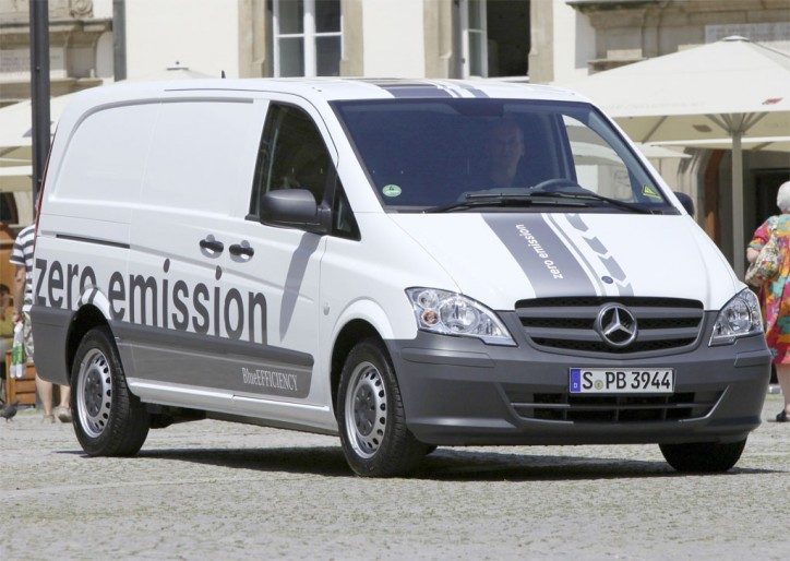 Mercedes Vito E Cell at the Post Expo 724x514 Mercedes Green Achievements