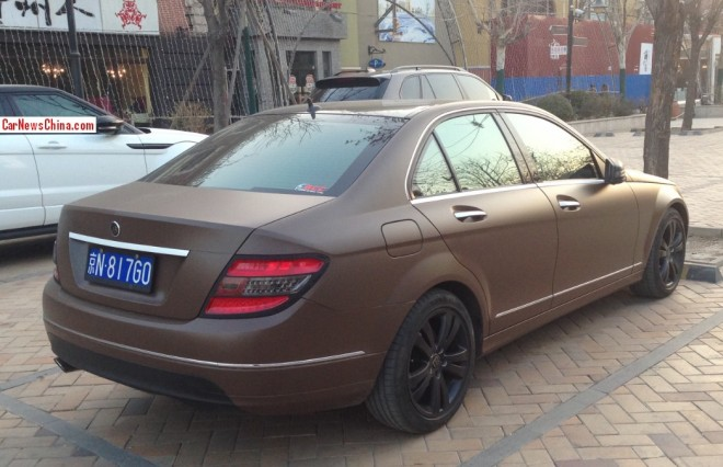 mercedes c class1 Mercedes C Class Painted in Poo Brown Color Spotted