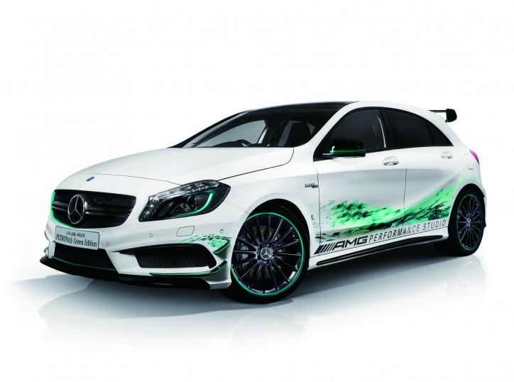Mercedes A 45 AMG Petronas Green Edition