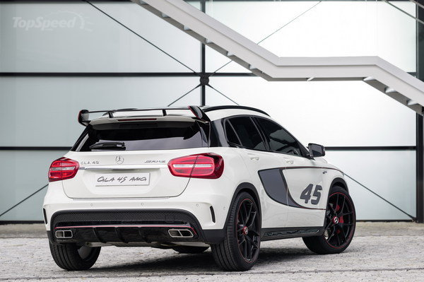 Mercedes GLA 45 AMG concept 1