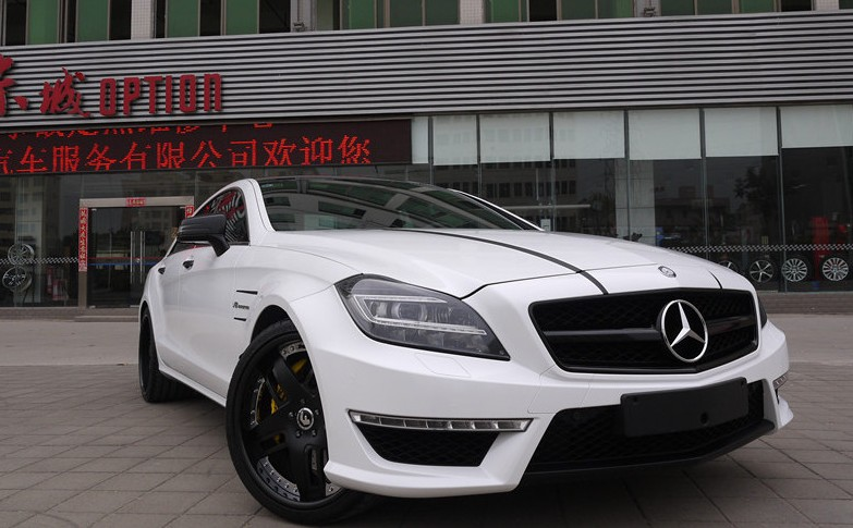 Chinese Luxury Car Market Mercedes
