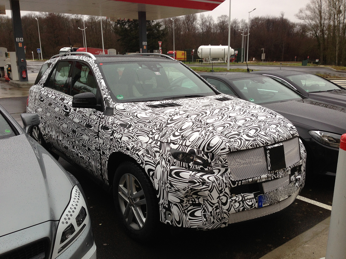 2015 mercedes m class and cls prototypes spied. Black Bedroom Furniture Sets. Home Design Ideas