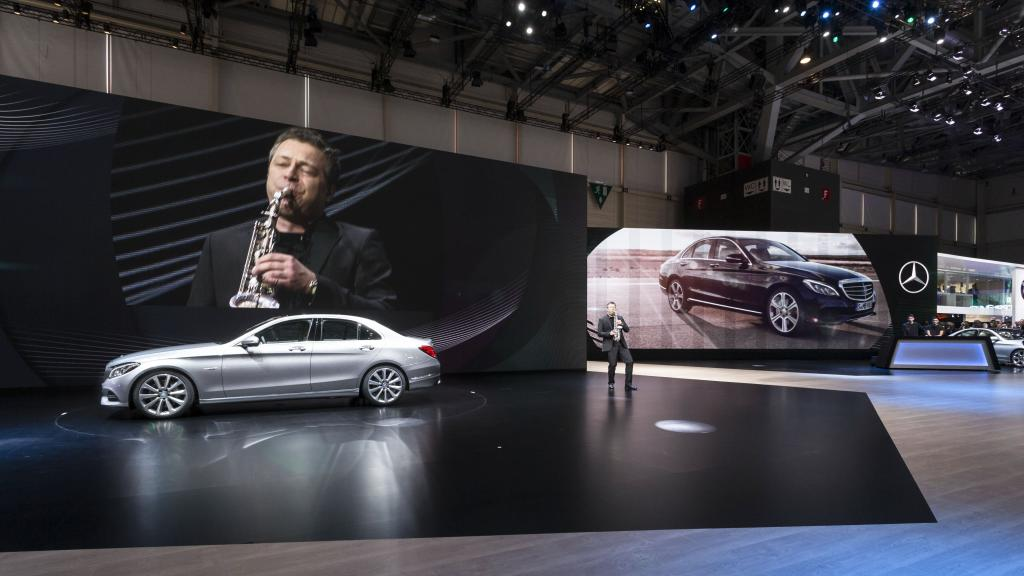 14C189 001 Mercedes Showcases Products at the 2014 Geneva Motor Show