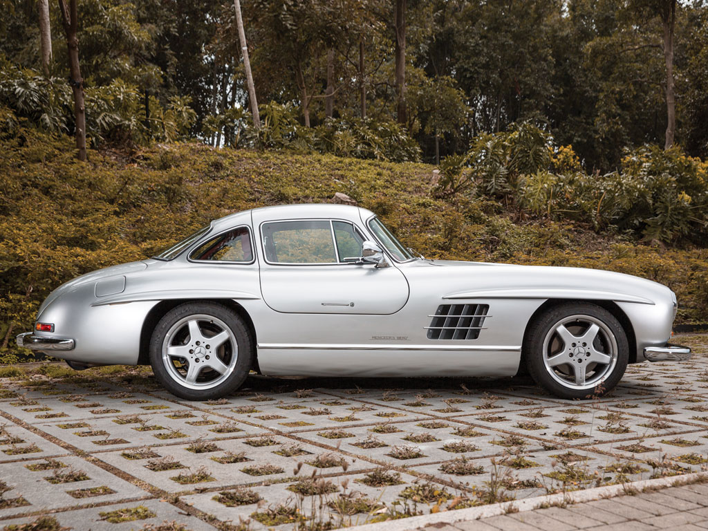 Auction set for unique 1954 mercedes benz 300sl amg for 1954 mercedes benz 300sl
