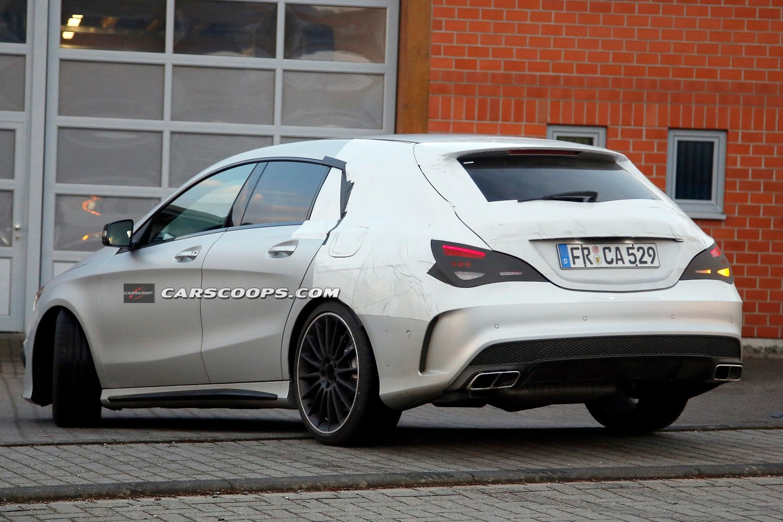 mercedes cla 45 amg shooting brake spy photos are out a mercedes benz fan blog. Black Bedroom Furniture Sets. Home Design Ideas