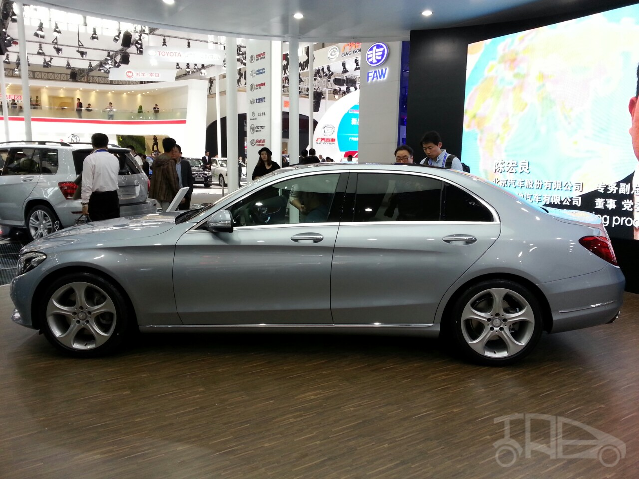 2015 mercedes c class lwb model launched in 2014 beijing motor show. Black Bedroom Furniture Sets. Home Design Ideas