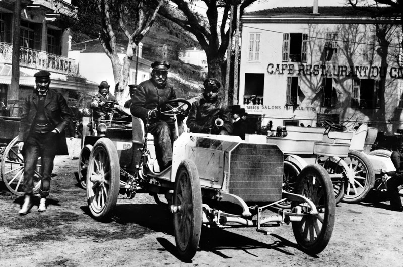 mercedes 35 hp at races1 The Mercedes 35 HP — The First of a Superior Breed