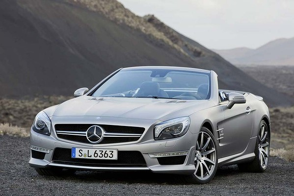 mercedes sl63 amg Upgraded Mercedes SL63 AMG Will Join SL400