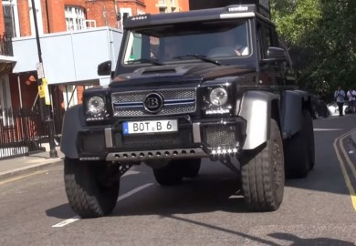 Mercedes-Benz G63 AMG 6x6 Thunders Across The Streets Of London
