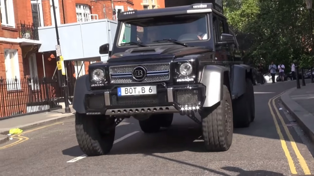 414 Mercedes Benz G63 AMG 6x6 Thunders Across The Streets Of London