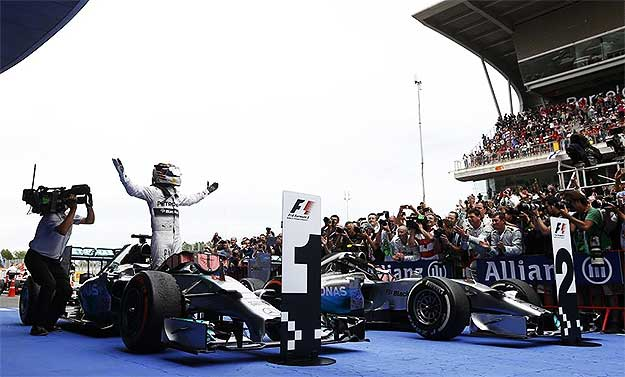 Lewis Hamilton Wins 2014 Spanish Grand Prix Lewis Hamilton wins 2014 Spanish GP and headlines another 1 2 finish