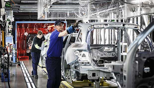 Mercedes-Benz-C-Class-Estate-production