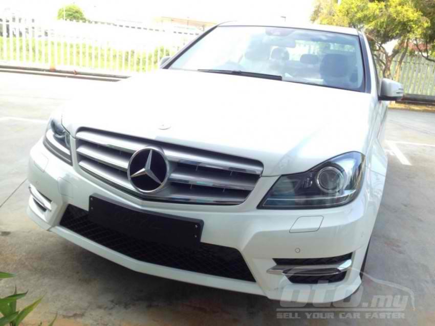 Mercedes-Benz C200 AMG Grand Edition (11)