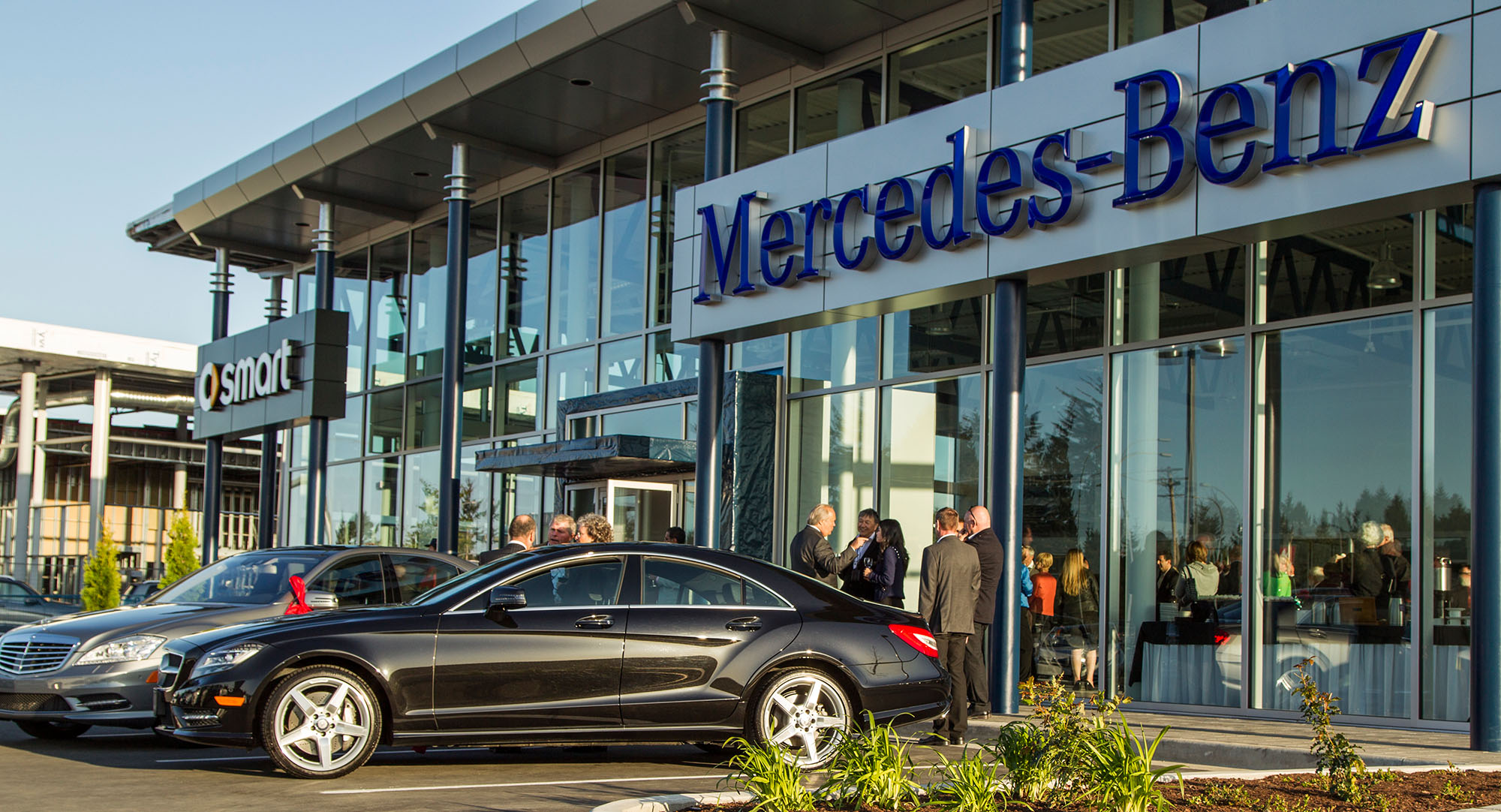 mercedes benz canada sales Mercedes Benz Canada Sales Show Continued Growth