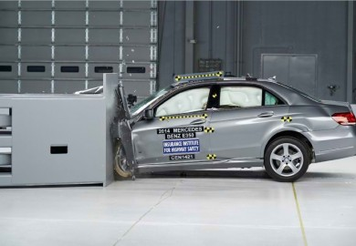 2014 mercedes e-class in safety test