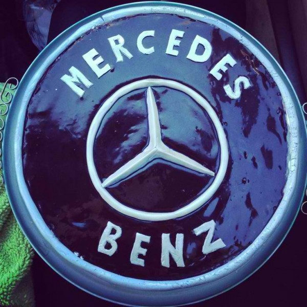 Mercedes Benz Themed Cake 1 600x600 Cool Mercedes Benz Themed Gift Ideas for Fathers Day