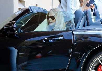 Rosie Huntington-Whiteley Seen Driving A Mercedes-Benz SLS AMG