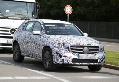 Images Of Next Generation Mercedes-Benz GLK Will Less Camo Emerge