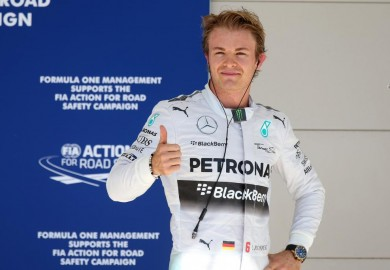 Mercedes F1 driver Nico Rosberg wins pole at US Grand Prix qualifying