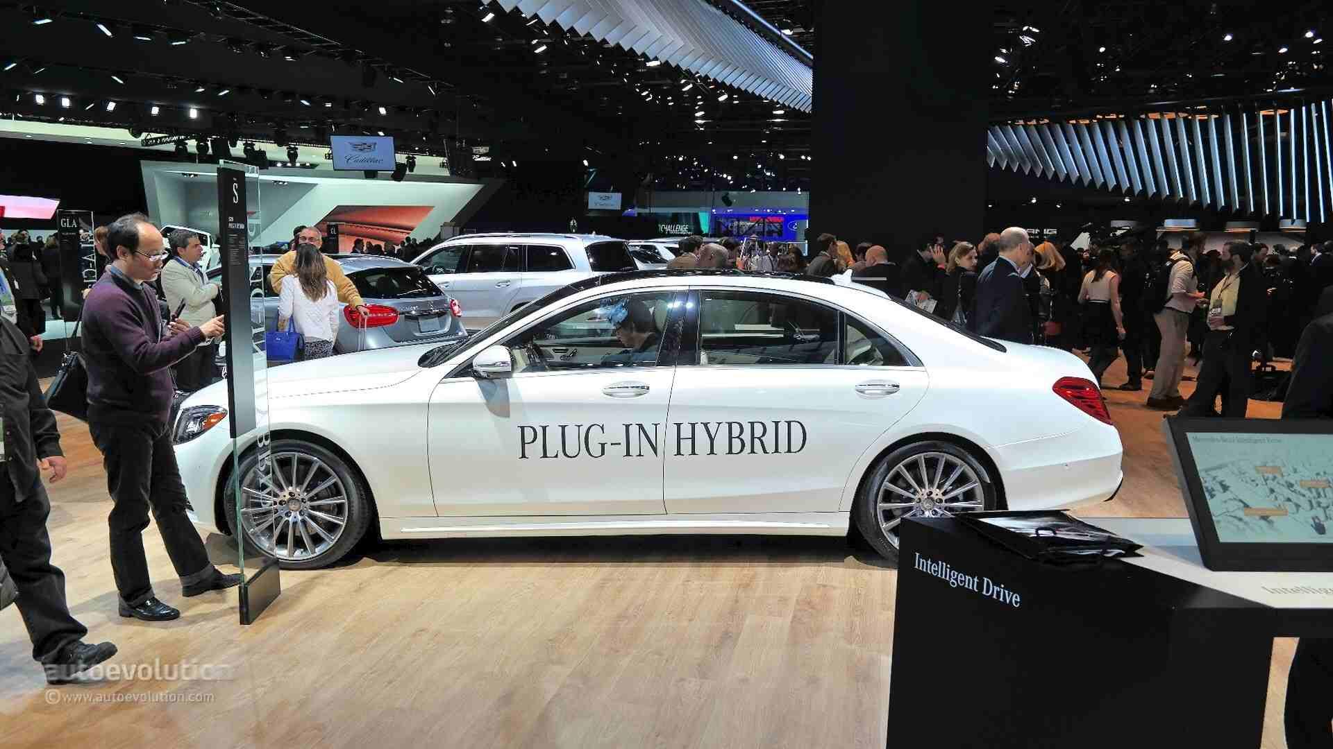 2017 S550e Plug-In HYBRID Sedan | Mercedes-Benz