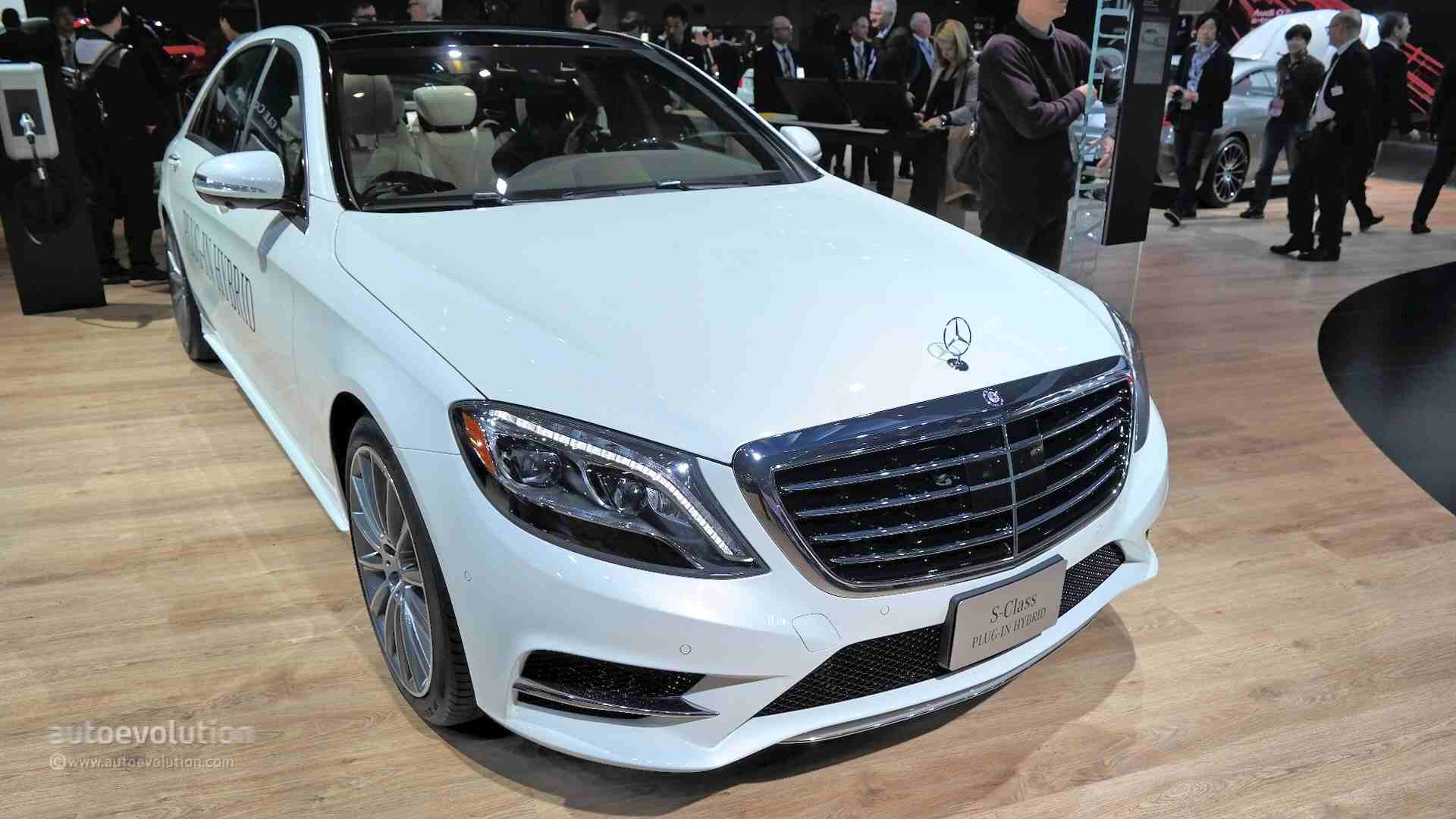 Mercedes benz s550 plug in hybrid quietly introduced in for Mercedes benz hybrids