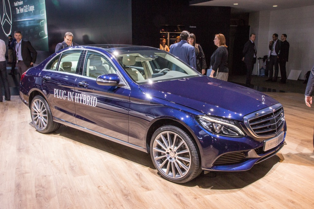 live photos of the mercedes benz c350 plug in hybrid. Black Bedroom Furniture Sets. Home Design Ideas