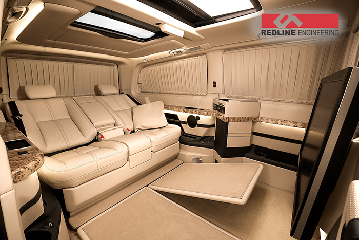 redline gives the mercedes benz viano an amazing interior. Black Bedroom Furniture Sets. Home Design Ideas