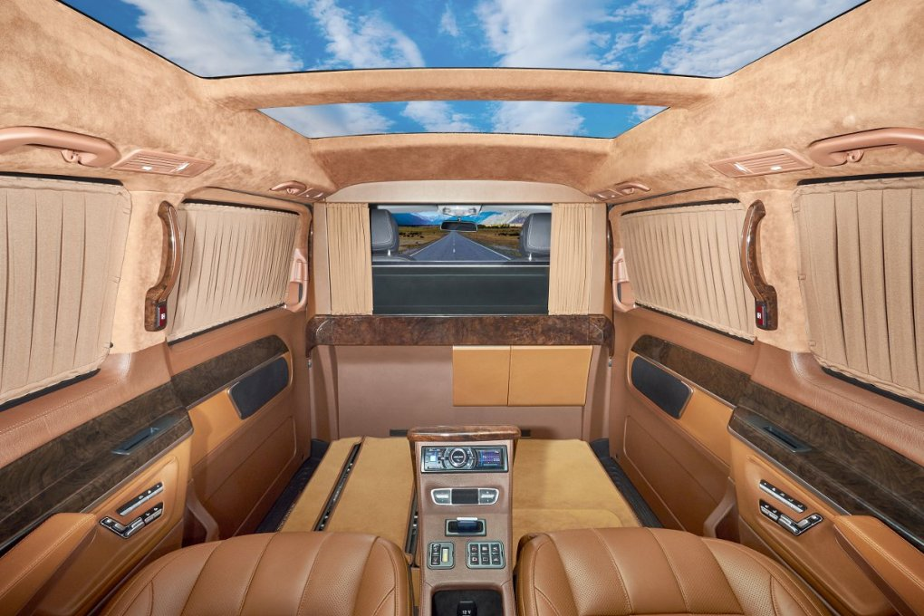 Redline Engineering Enhances The Interior Of The 2015 Mercedes-Benz ...