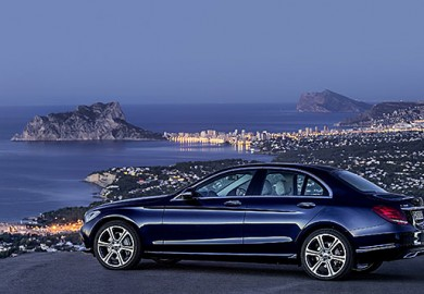 Mercedes-Benz-C-300-BlueTEC-HYBRID