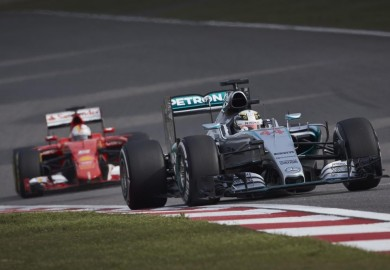 Mercedes F1 Lewis Hamilton beats out Sebastian Vettel in Chinese Grand Prix qualifying