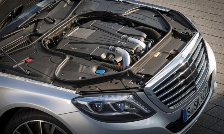 2015-Mercedes-S-Class-engine