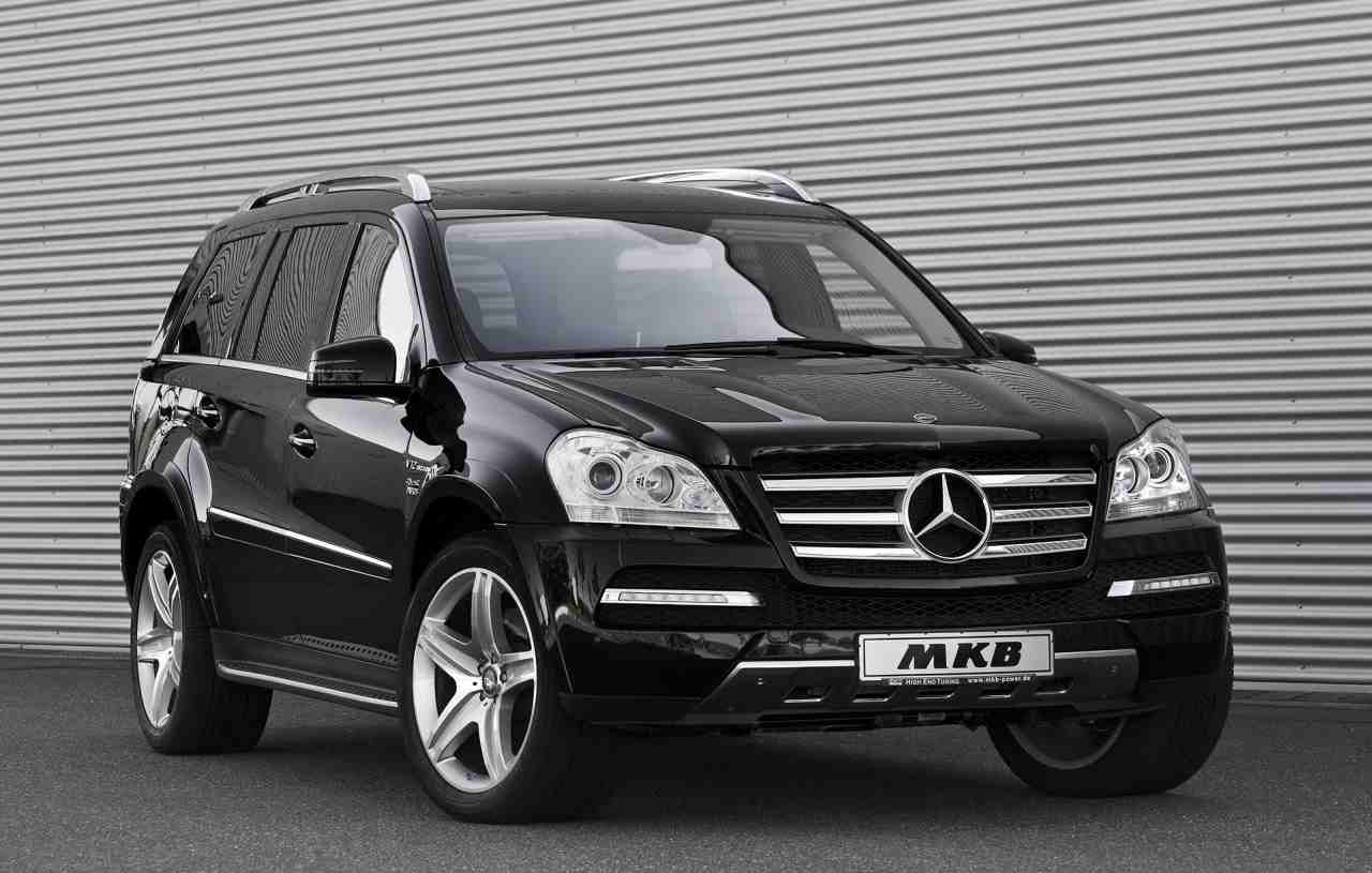 Mkb Mercedes Benz Gl Gets A V12 Engine Under Its Hood