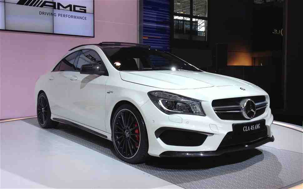2016 mercedes benz cla and gla are better faster stronger. Black Bedroom Furniture Sets. Home Design Ideas