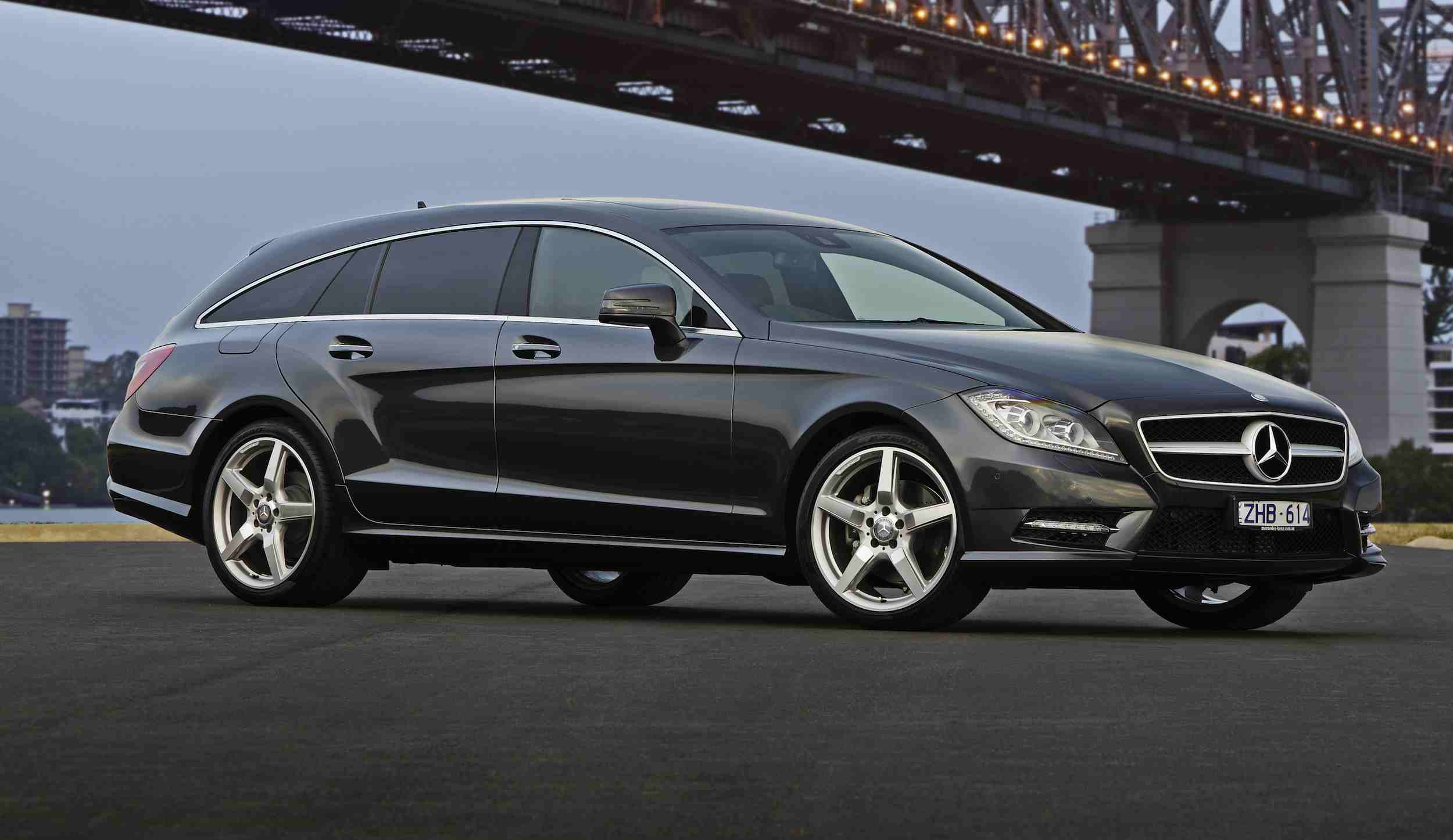 mercedes dropping shooting brake from next cls class. Black Bedroom Furniture Sets. Home Design Ideas