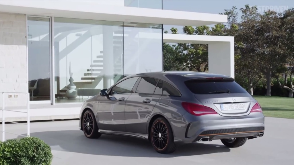 video shows first look of the mercedes benz cla shooting. Black Bedroom Furniture Sets. Home Design Ideas