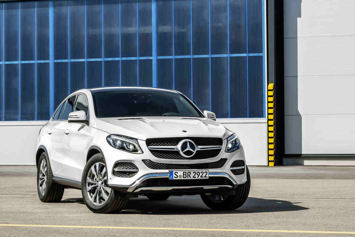 How much will the 2016 mercedes benz gle coupe cost for Camioneta mercedes benz